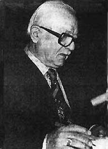 Léon Markarian interviewé